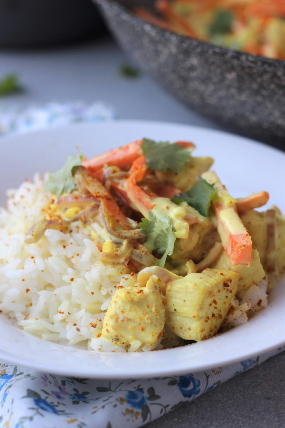 wok de pollo al curry, pollo con salsa de curry, vegetales, cocinar wok, recetas de cocina, recetas saludables, recetas rápidas, recetas Essen.