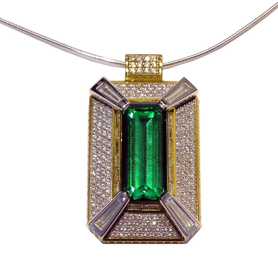 Pendant White Gold Tsavorite Garnet Diamonds