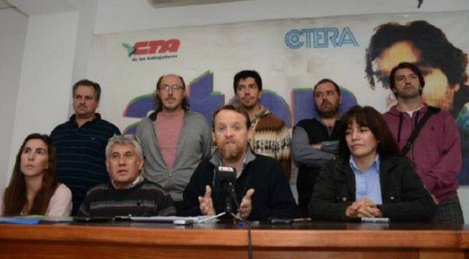 LOS DOCENTES NEUQUINOS FIRMARON 31% DE AUMENTO Y SUPERARON EL TECHO SALARIAL QUE IMPONE EL GOBIERNO