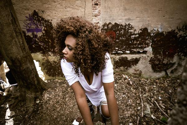 Camille Safiya - Amnesia