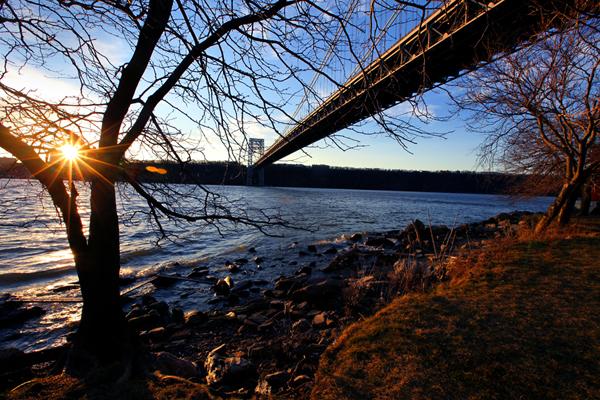 GWB Bridge In Washington Heights - Paul Lomax