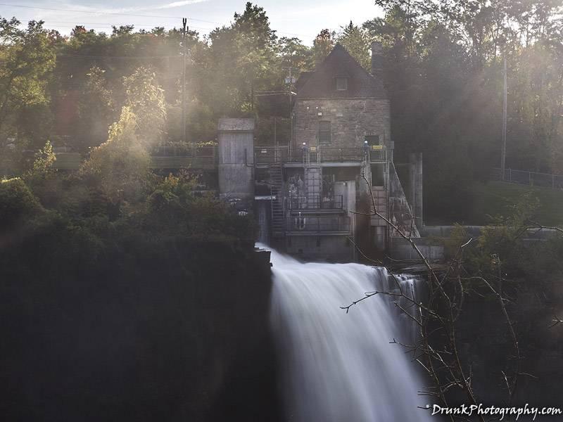 Rainbow Falls waterfall