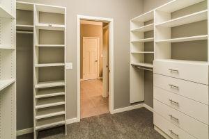 15 Master Walk-in Closet