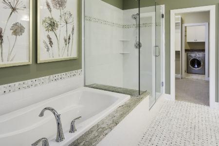 17-master-bathroom