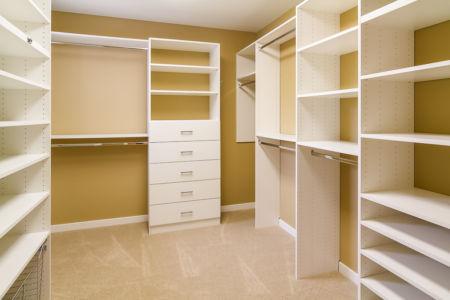21 Master Bedroom Walk-in Closet