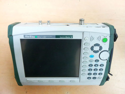 Anritsu MS2723B Handheld Spectrum Master for Field Analysis of 3G Signals.
