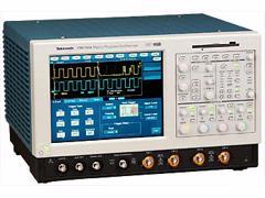 Tektronix TDS7104 1 GHz Bandwidth Digital Oscilloscope