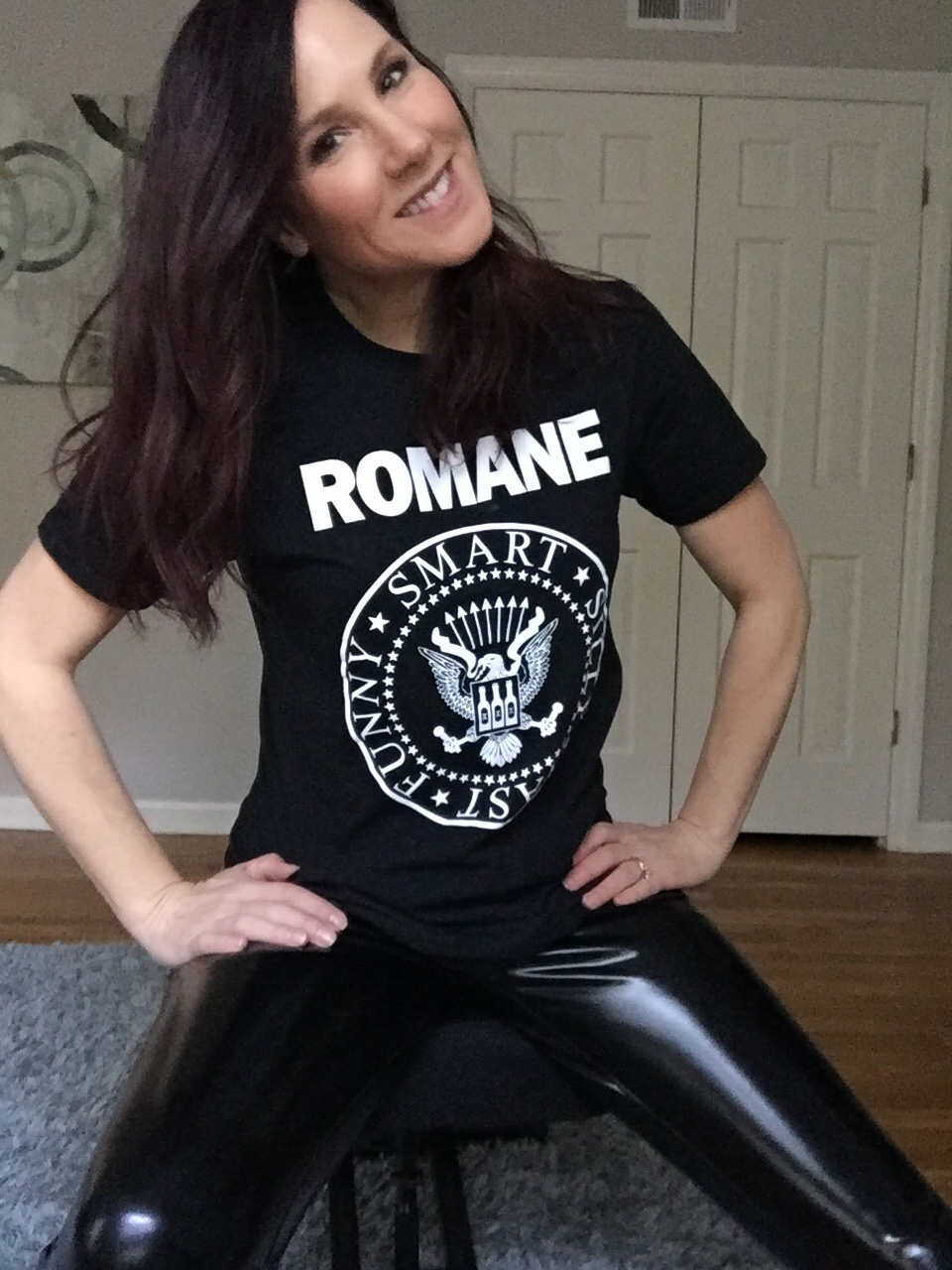 Romane T-Shirt Merch