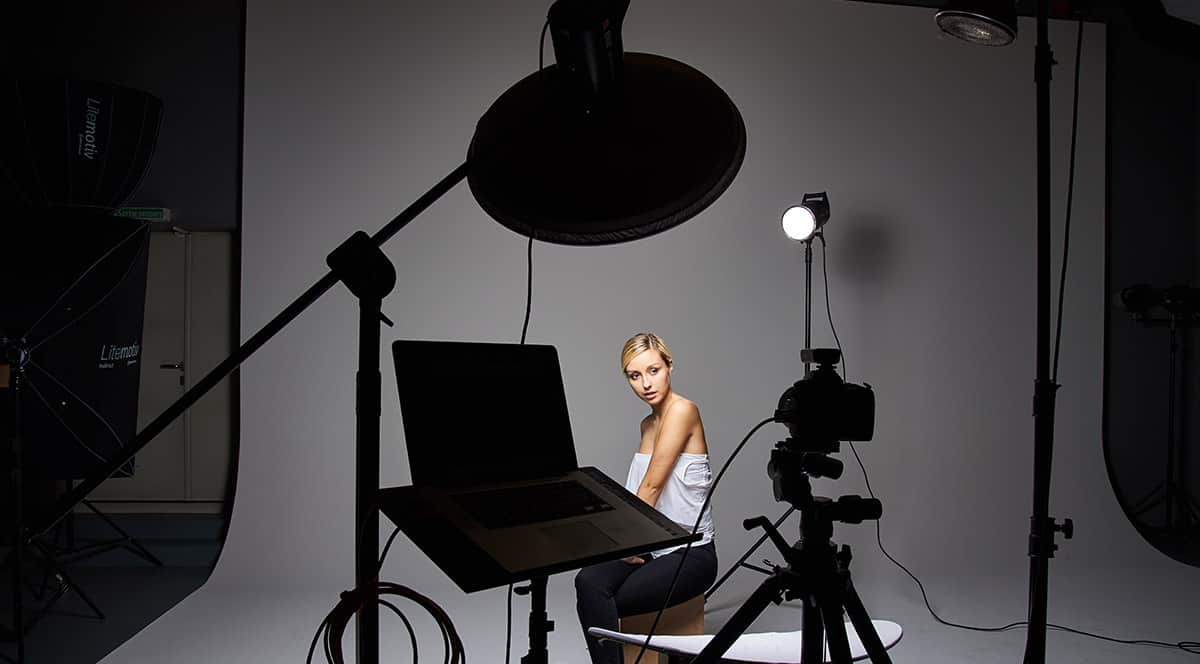 three-light-setup-portrait-photography