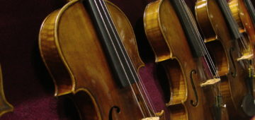Are orchestra musicians independent contractors?