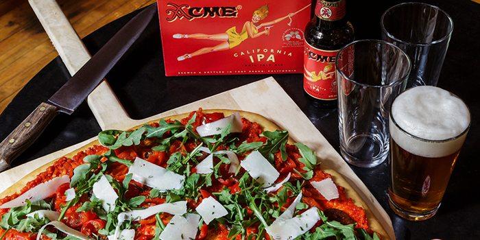 Comfort-Food-Pizz-Beer