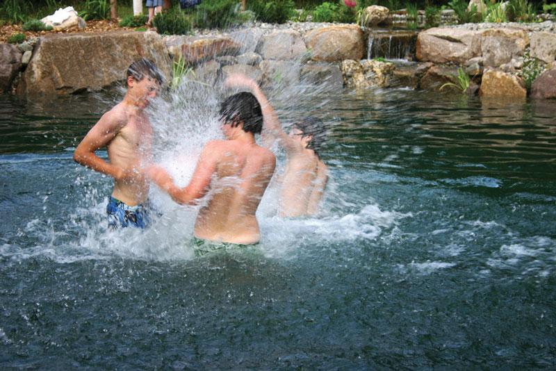 Kids Splashing