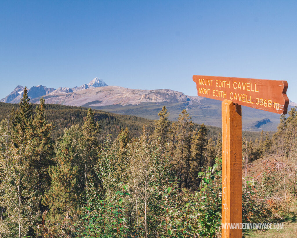 Icefields Parkway viewpoint | Top things to see in Jasper and Banff | My Wandering Voyage