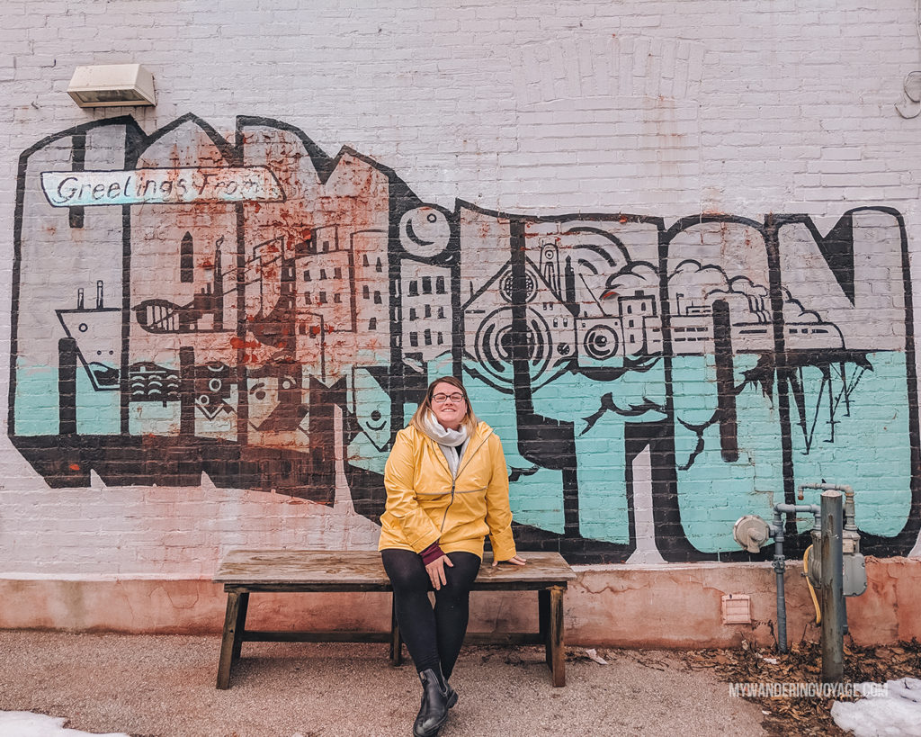 Colourful Hamilton sign | With the powerful device in your pocket you can take incredible photos of your travels. Here is the ultimate guide to smartphone travel photography. | My Wandering Voyage travel blog #travel #photography #tips #travelphotography #smartphonephotography