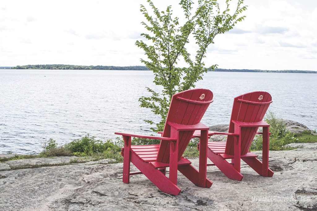 #sharethechair Thousand Islands National Park Are you an explorer? A foodie? Or how about a beach bum? There's something for everyone in this list of fantastic day trips from Toronto | My Wandering Voyage travel blog #toronto #ontario #canada #ontariotravel #travel