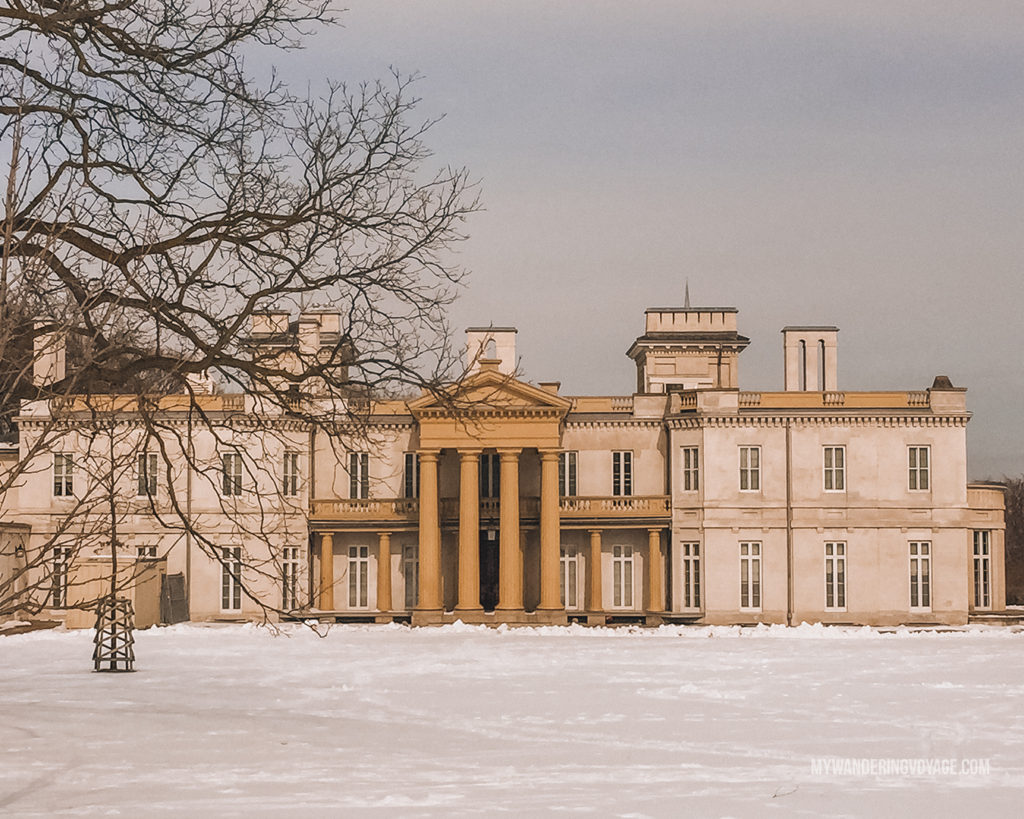 Dundurn Castle, Hamilton | Are you an explorer? A foodie? Or how about a beach bum? There's something for everyone in this list of fantastic day trips from Toronto | My Wandering Voyage travel blog #toronto #ontario #canada #ontariotravel #travel