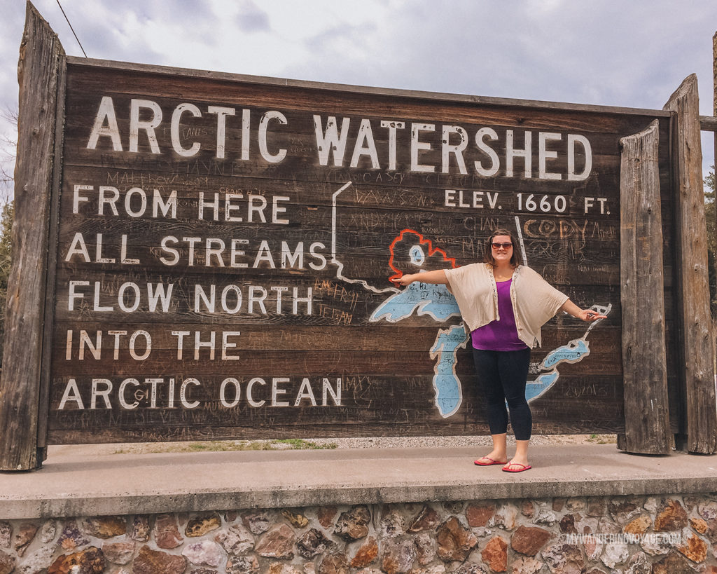 Welcome to the Arctic Watershed road sign | When road trip season hits, don't be caught unprepared. Make sure you have everything you need with this road trip packing list for a successful and enjoyable trip | My Wandering Voyage travel blog #travel #roadtrip #packing #USA #Canada