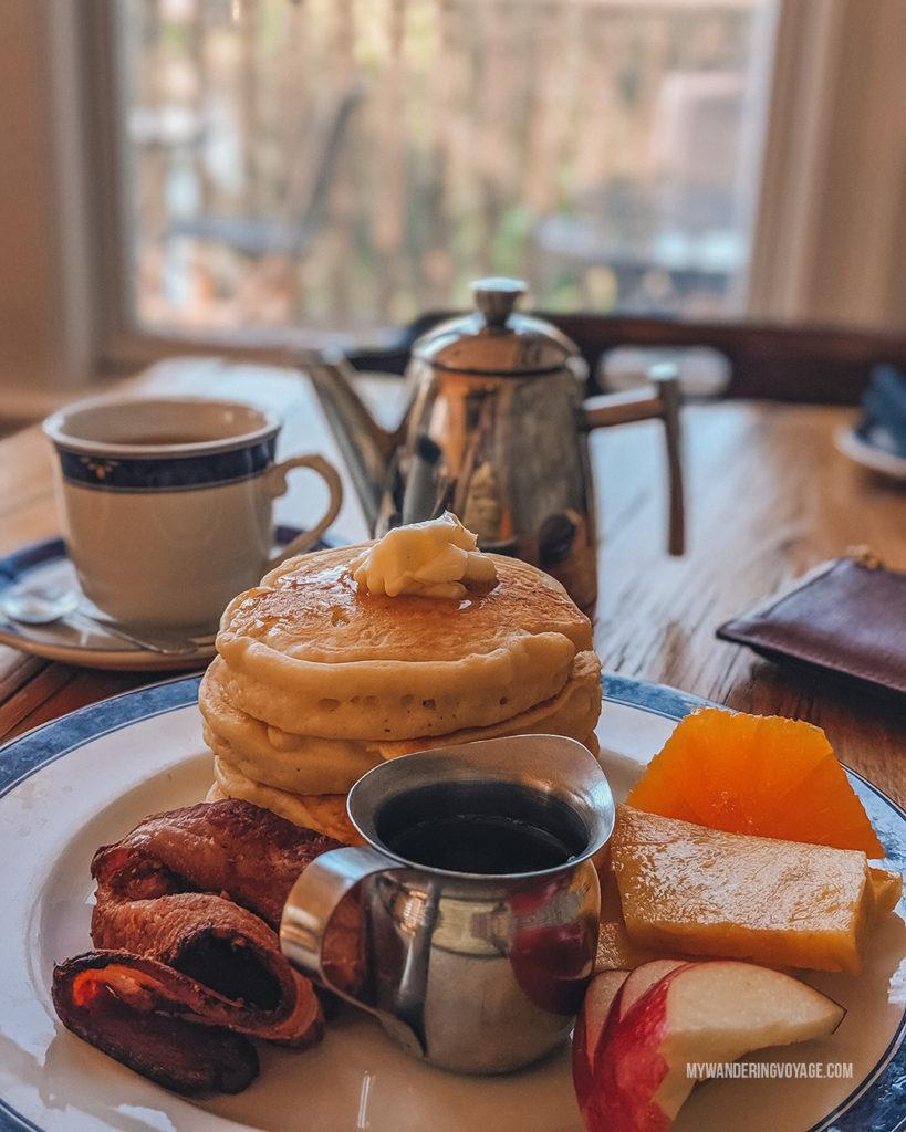 breakfast at Almonte Riverside Inn