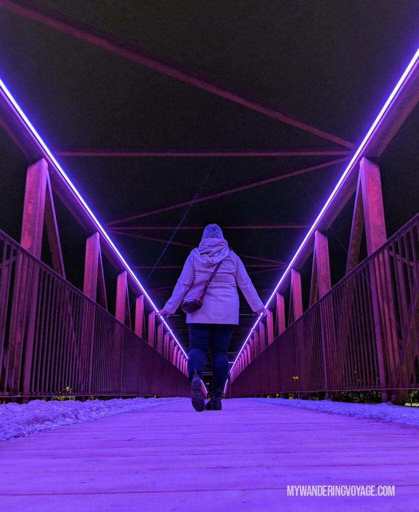 Grand River pedestrian bridge in Cambridge at night | Best scenic bridges in Ontario
