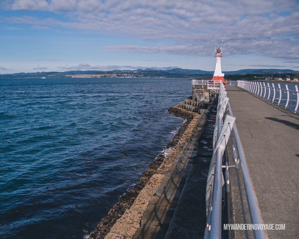 Breakwater lighthouse Victoria | Vancouver Island road trip 5 day itinerary | My Wandering Voyage