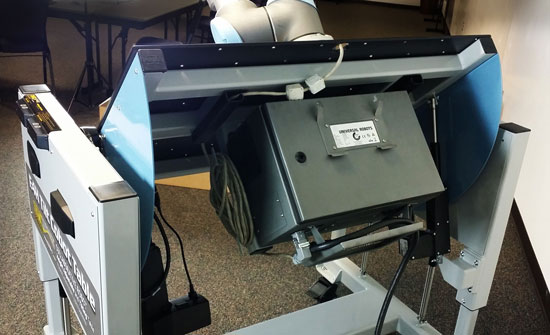 E4H Tilt Cobot Table CoBase™ - Table for collaborative robots - Copyright LTW Ergonomic Solutions