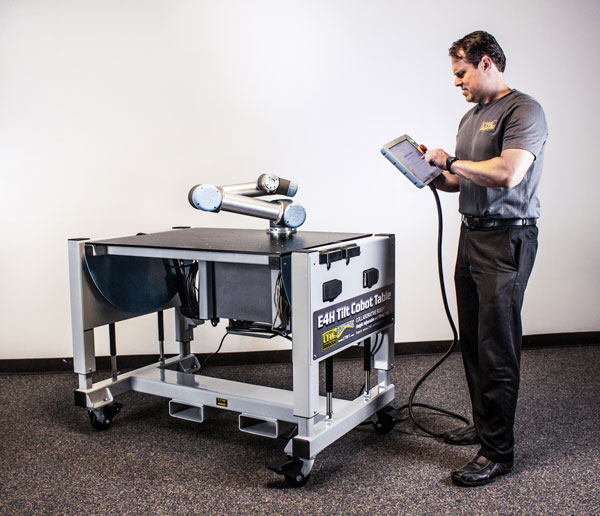 E4H Tilt Cobot Table CoBase™- Table for collaborative robots - Copyright LTW Ergonomic Solutions