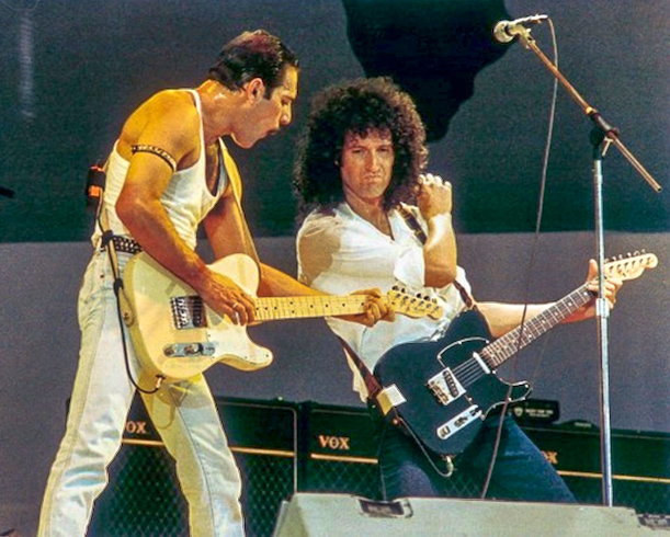 Freddie and Brian on stage at Live Aid