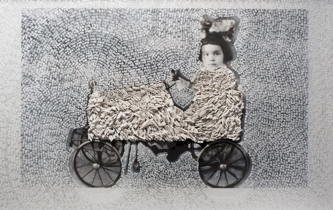 Eugenia Martinez_Nina carrito