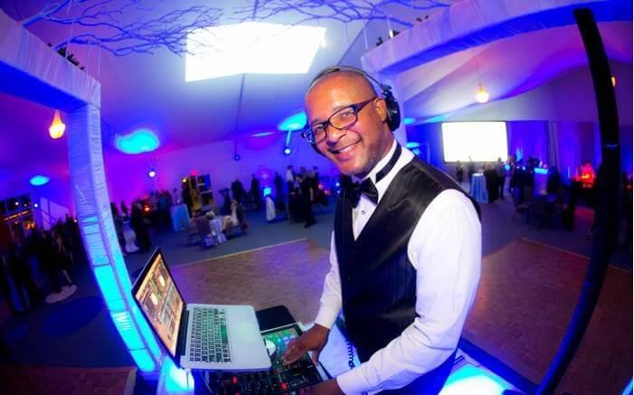 San Diego wedding dj, African American DJs in San Diego, professional DJs nearby that plays party music