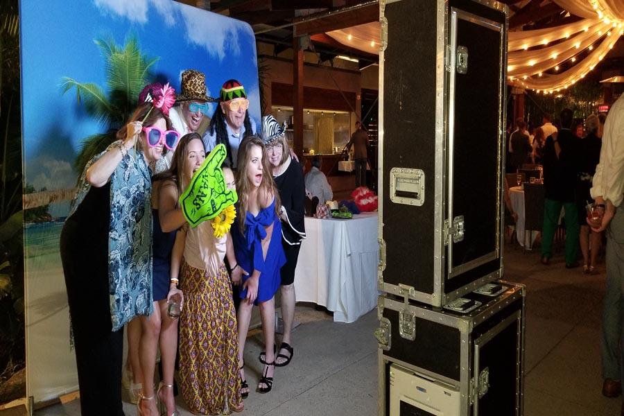 Photo Booth Becks Entertainment
