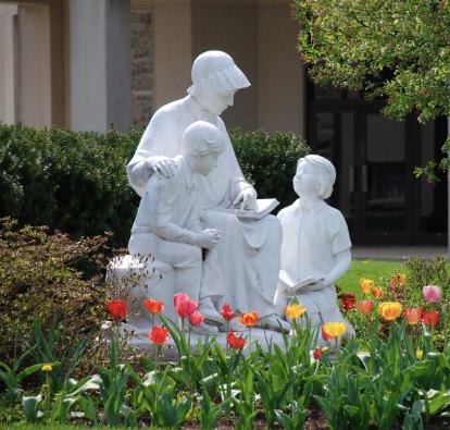 St. Elizabeth Ann Seton Statue