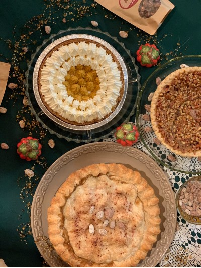 Holiday Uses for Sweet Almande Almonds, Pecans and Cashews