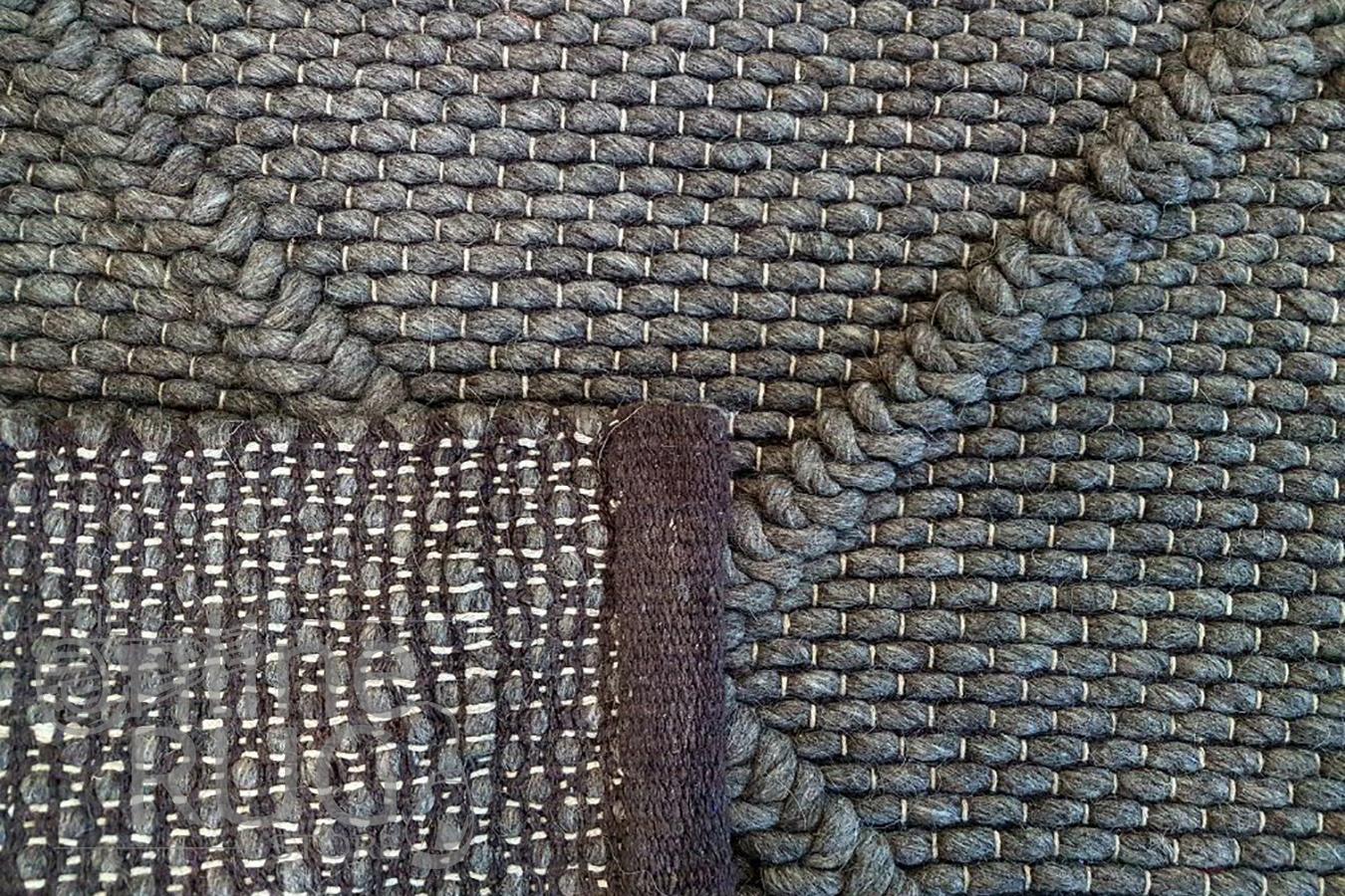 Artiste Grey Braided Lattice Flat Weave Rug