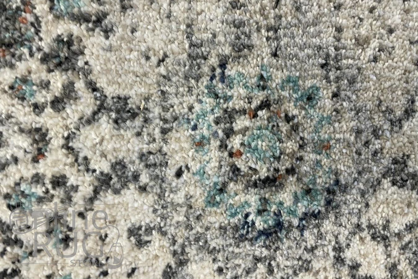 Ariana Grey Distressed Medallion Rug