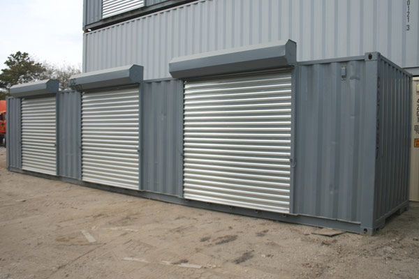 roll up doors on containers 1