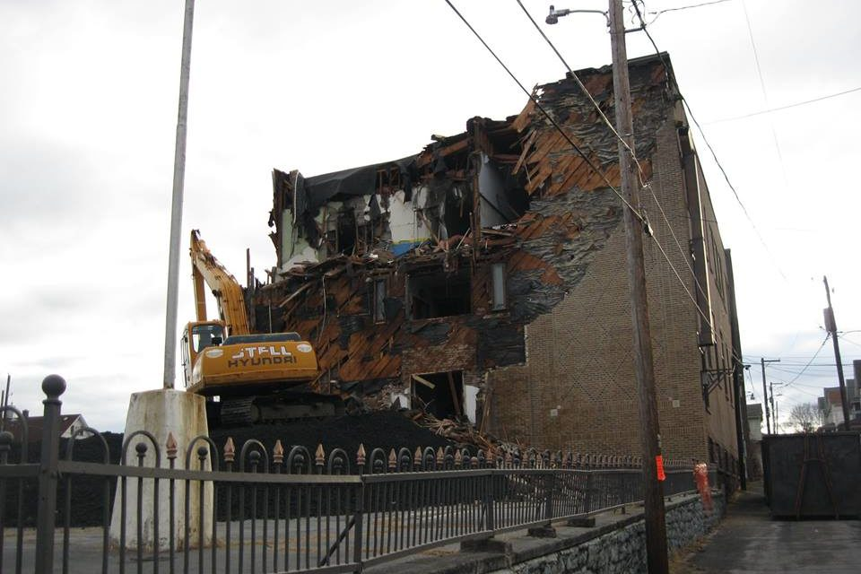 Road closures in Pittston for demolition