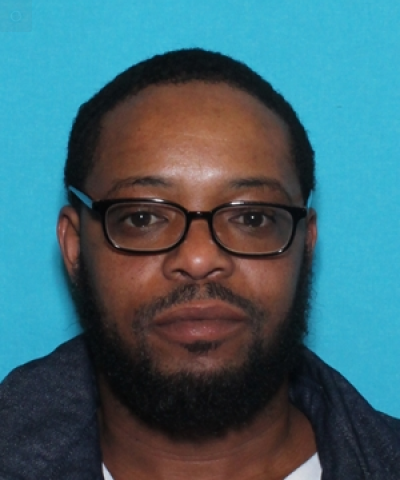 Police say man attacks ex, puts her in the hospital; Michael Lee Williamson wanted in attack