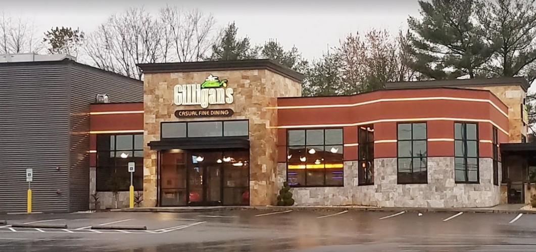Gilligans in Mechanicsburg fumbles inspection; Algae like or mildew-like substance inside of the ice machine, a food contact surface, 10 violations