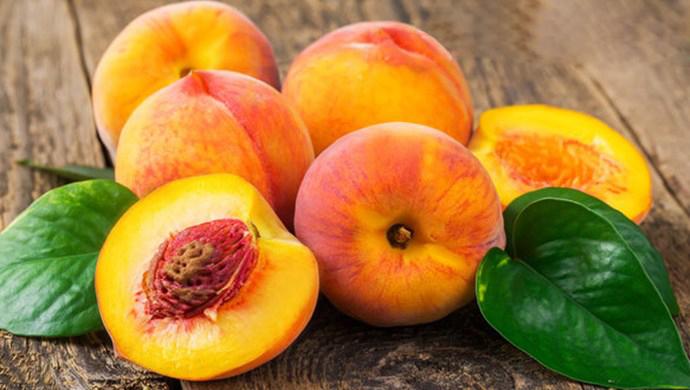 buah persik