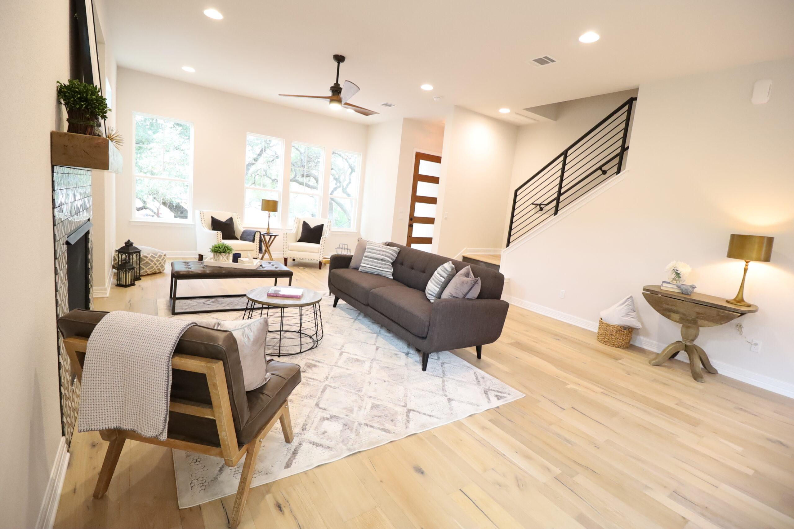 Loft - Bright Living Space