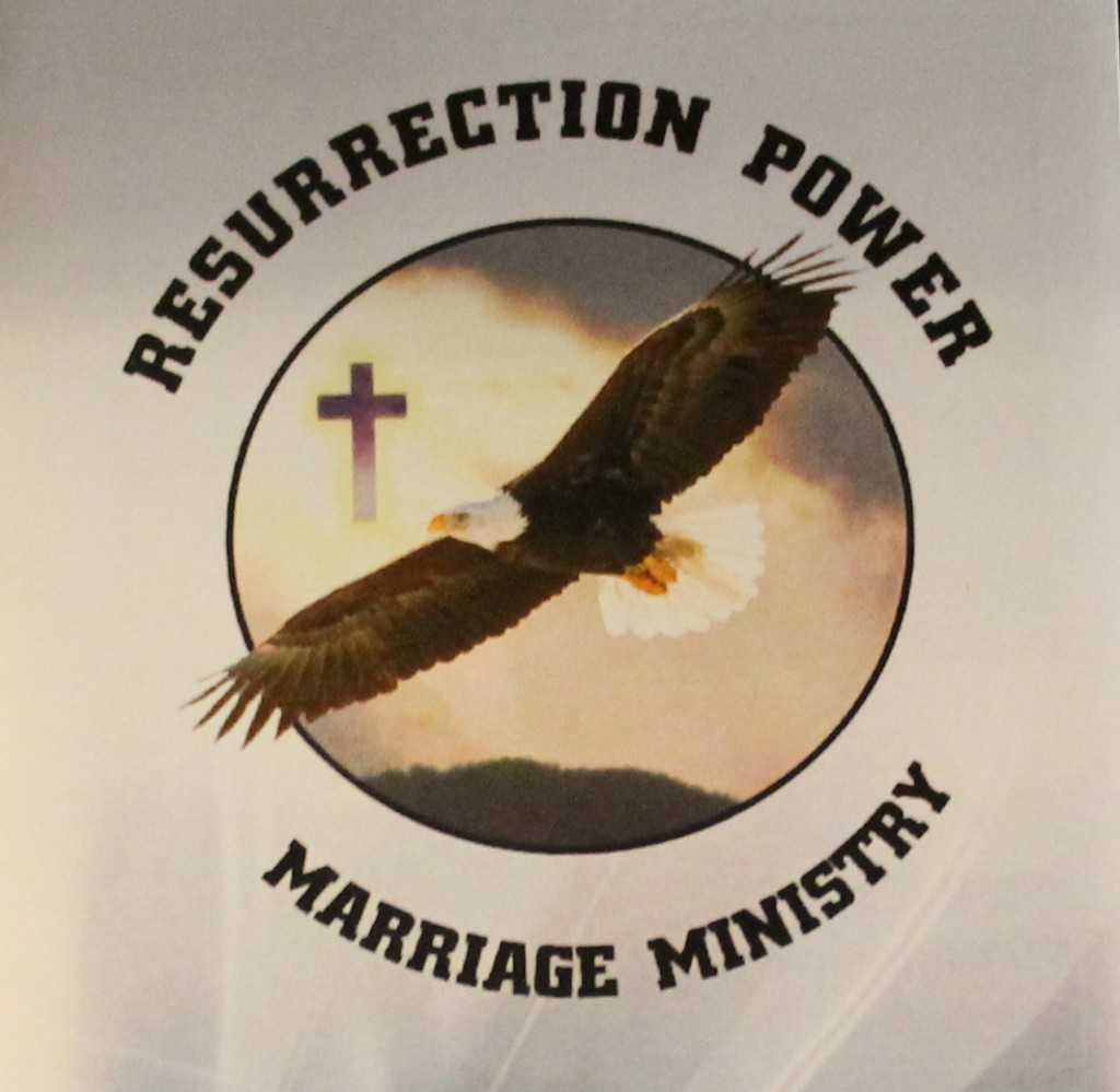 Resurrection Power Marriage Ministry was founded in 1994 by Rick and Sandee Lester. The focus of their ministry is to help those couples who are on the verge of divorce and are seeking guidance and support. Ultimately, they want to see marriages strengthen within society and set positive examples for future generations. (Photo/Karen León)