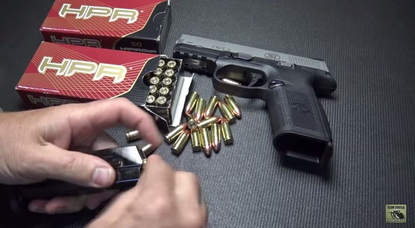 FN FNS-9 Pistol