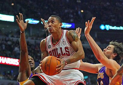 Rose Ready To Go, Hinrich OUT: Bulls v Bucks Live Playoffs
