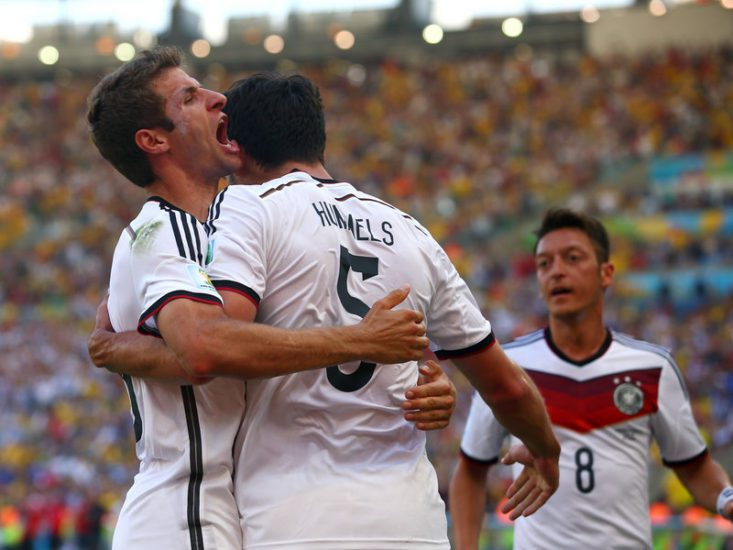 Muller Helps Germany Beat Hungary