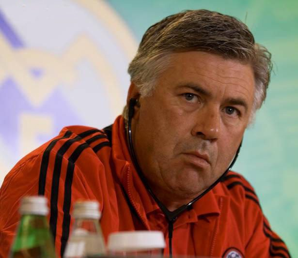 Man United Fans #VanGaal Out #Ancelotti In After Defeat