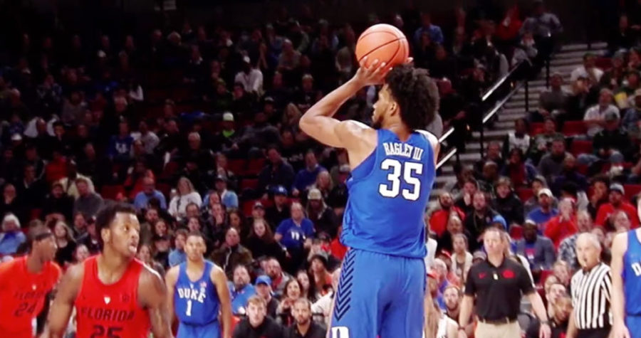 Duke's Marvin Bagley III makes a jumper