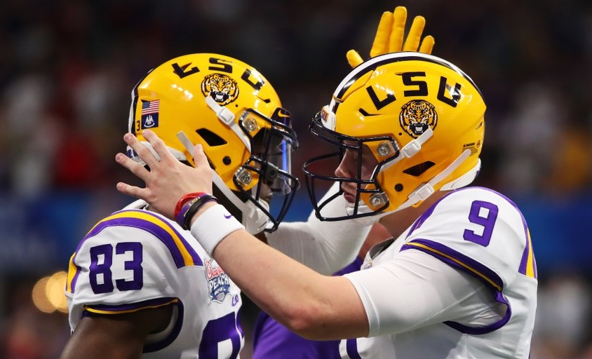 Burrow Throws 7 TD Passes In First Half – LSU Leads Oklahoma, 49-14