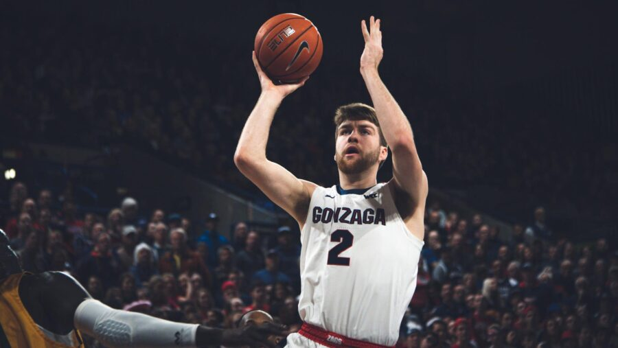 Drew Timme in action for the Gonzaga Bulldogs Top 25