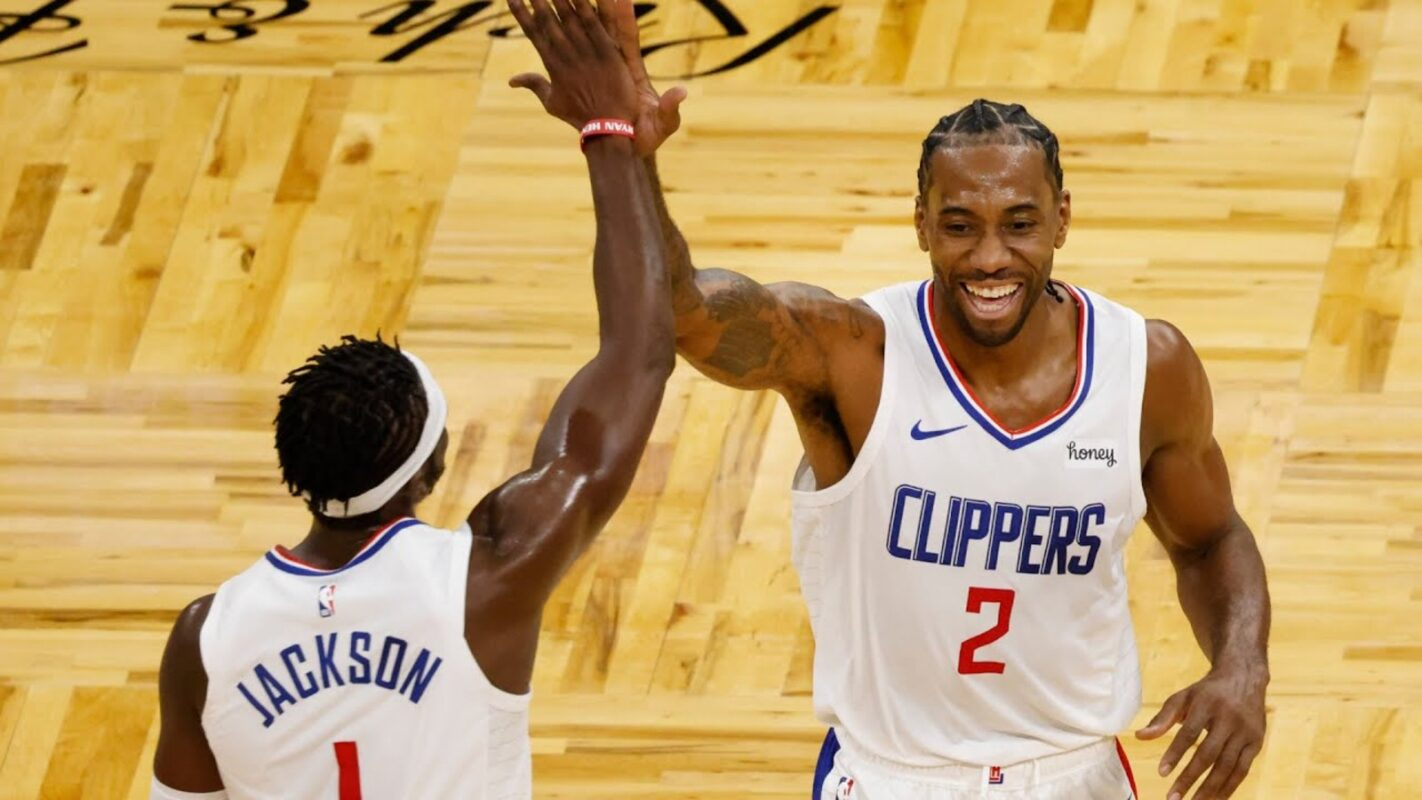 Kawhi Leonard of the Los Angeles Clippers with Reggie Jackson
