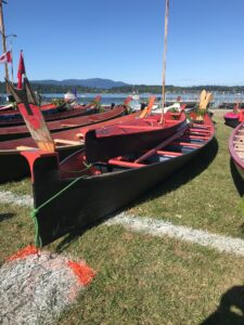 20ft,33ft Chinook canoes